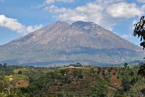Gunung Rinjani 05 - Finansialku