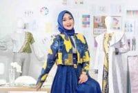 Karier dan Kisah Hidup 7 Designer Milenial Berhijab 01 Dian Pelangi - Finansialku