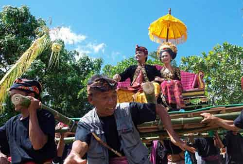Wow! Tradisi Pernikahan Adat Ini Termahal di Indonesia 06 - Finansialku