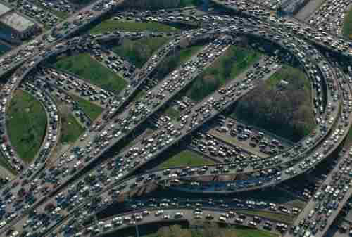 Kota Termacet Dunia 02 - Finansialku
