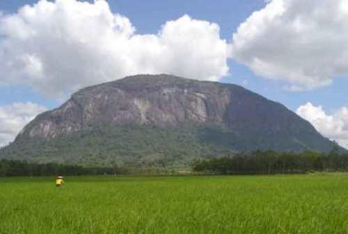 Lokasi Panjat Tebing 04 Tebing Bukit Kelam Sintang - Finansialku