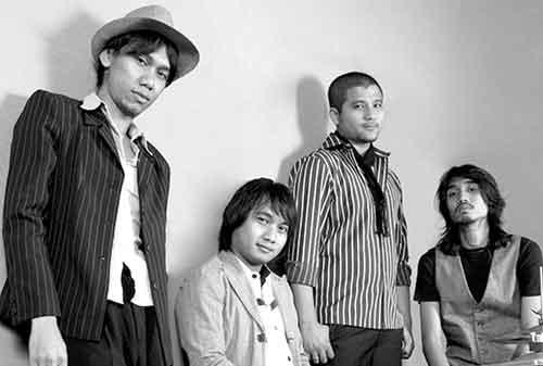 Nostalgia Bersama Band Sheila On 7! Bisa Bikin Kamu Baper dan Kangen Masa Lalu 05 - Finansialku