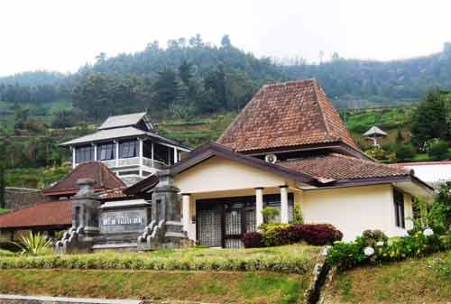 Wisata Dieng 06 (Museum Kailasa) - Finansialku